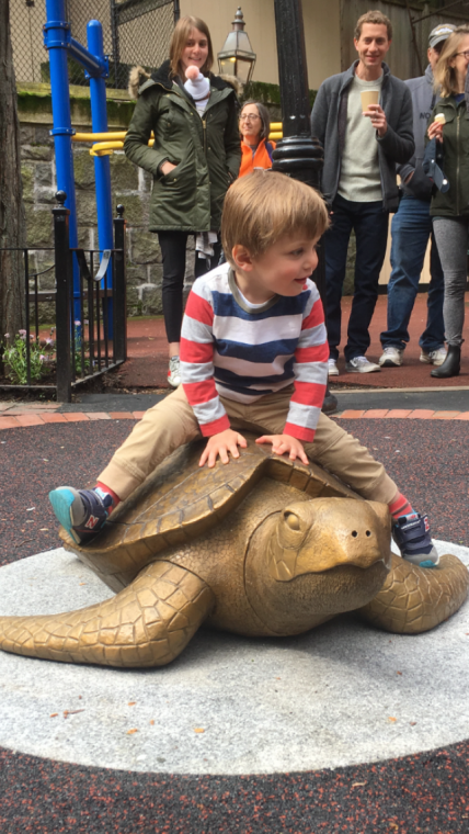 Myrtle the Turtle statue