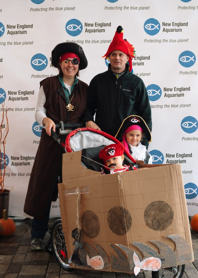 Halloween on Harbor recycled contest winners